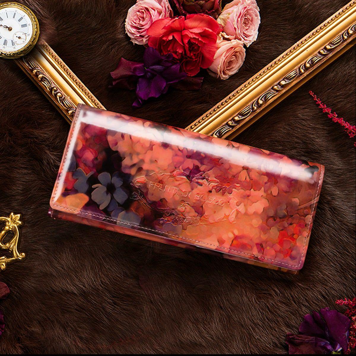 クリスマスプレゼントにおすすめなお財布はフルッティのアリスです
